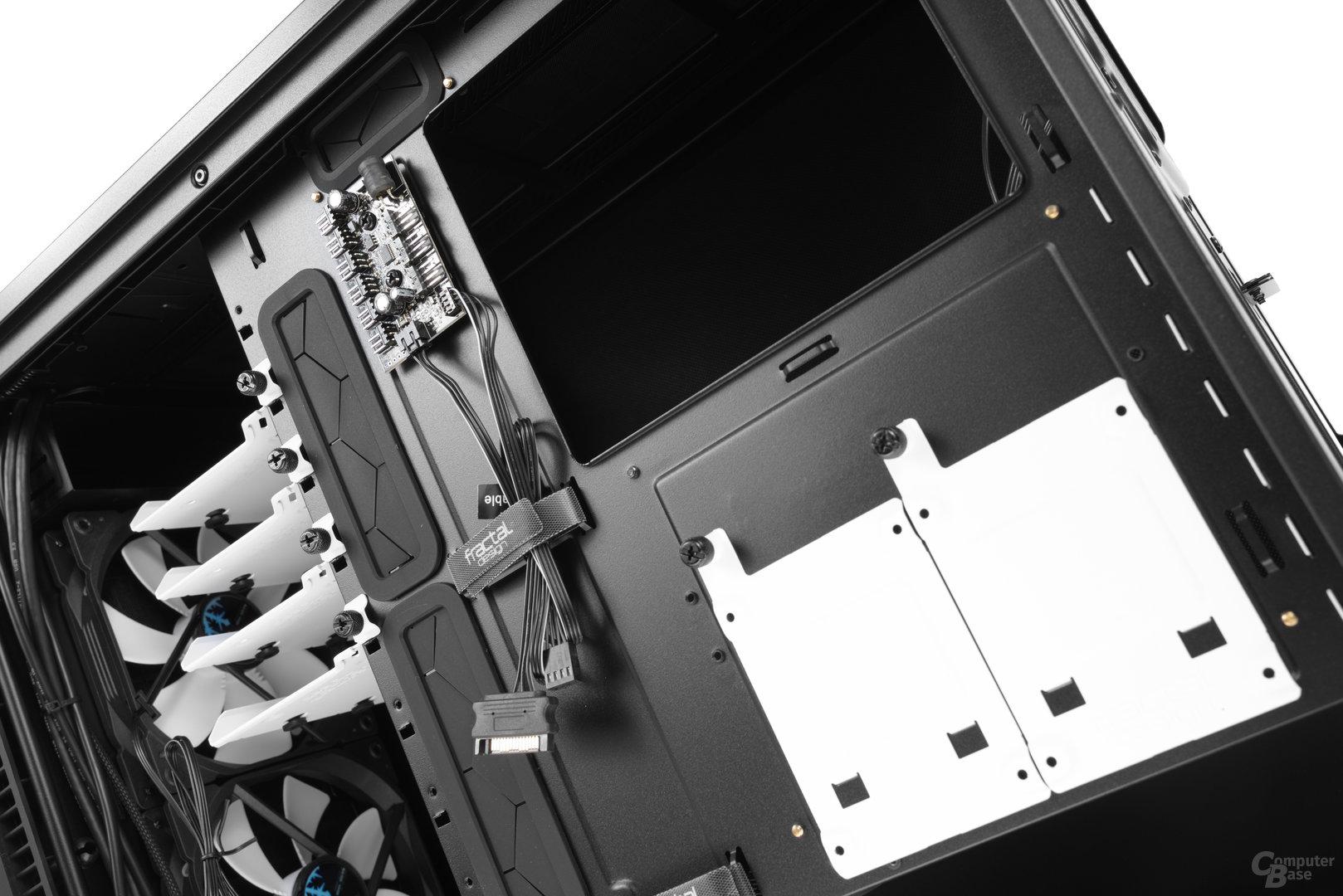 """Fractal Design Define R6 – Zwei weitere 2,5""""-Brackets befinden sich an der Rückseite"""