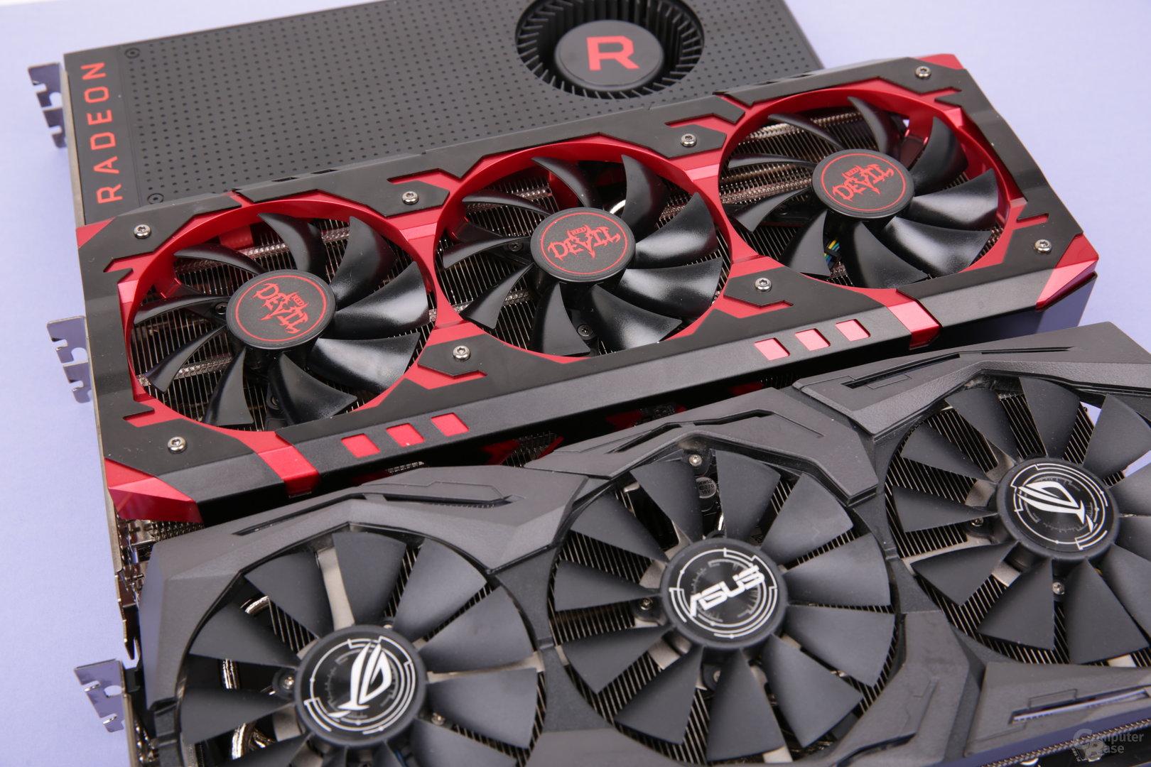 RX Vega 64 von Asus (unten), PowerColor (Mitte) und AMD (oben)