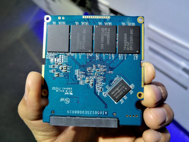 SSD mit PS3112-S12 und 8 TB Speicher