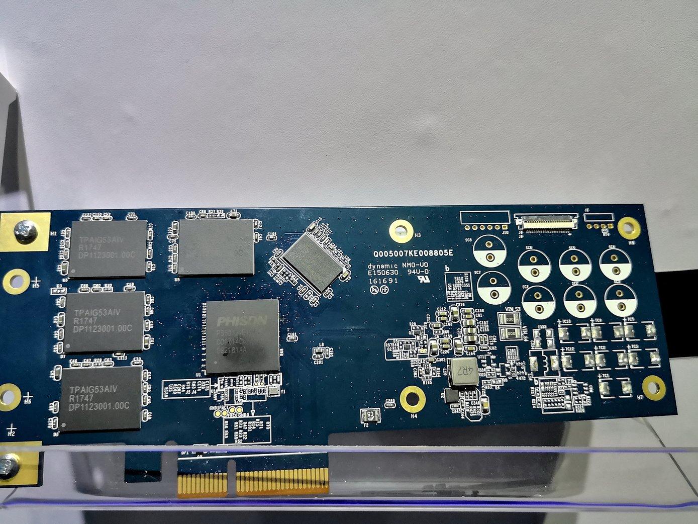 SSD mit PS5012-E12 und  8 TB Speicher