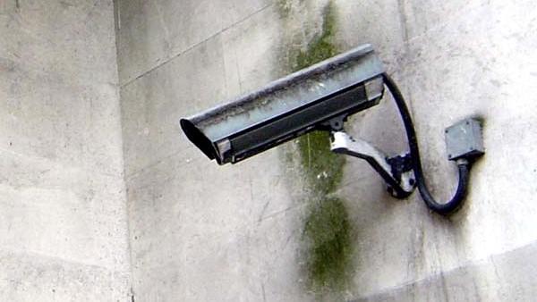 Innenministerium: Keine Total-Überwachung beim digitalen Lauschangriff