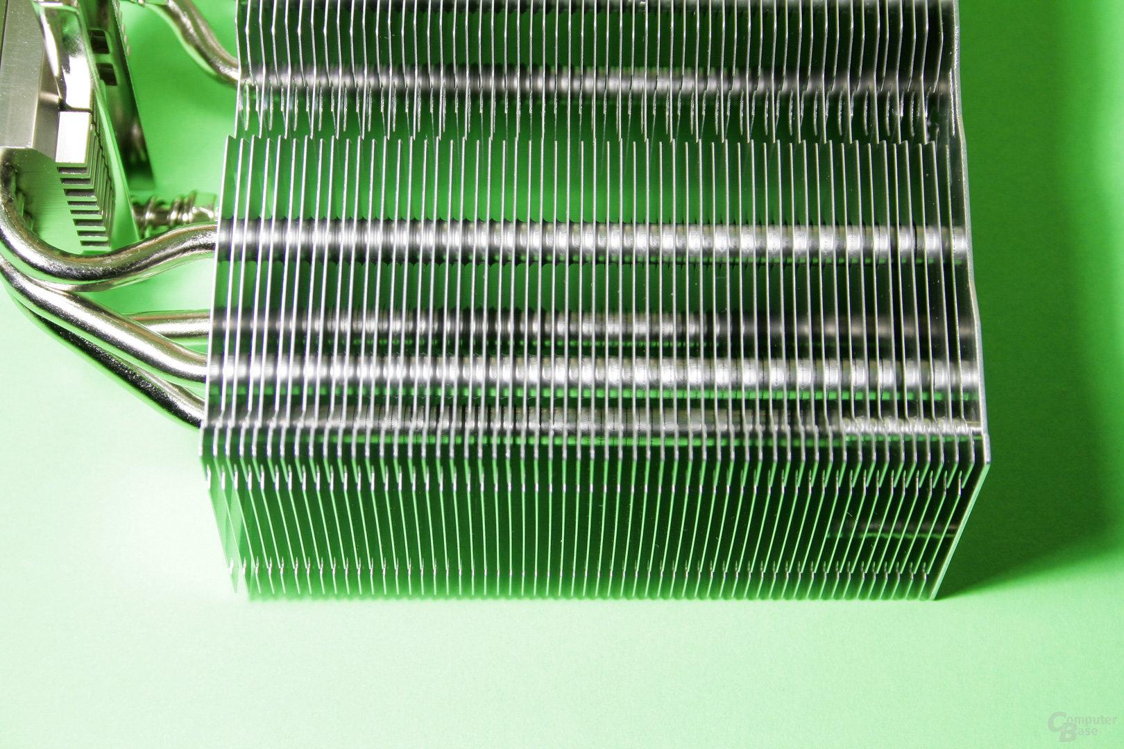 Nahaufnahme der Aluminium-Lamellen des Kotetsu Mark II