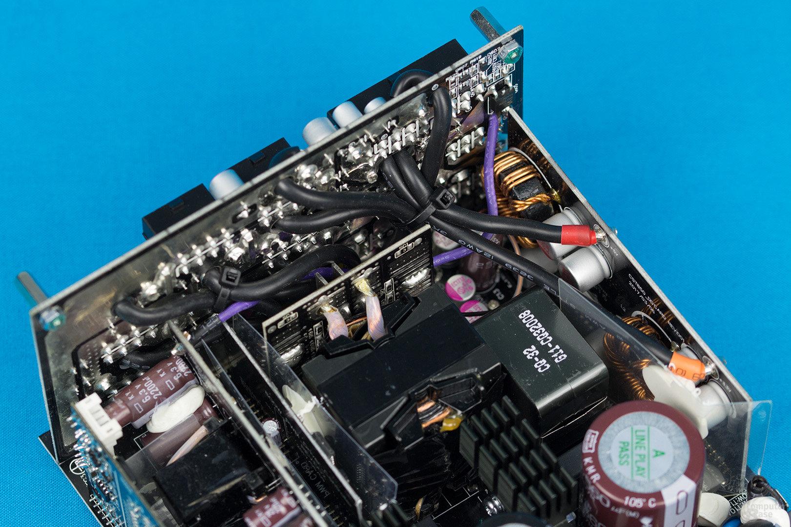 Enermax MaxTytan 800W – Sekundärseite