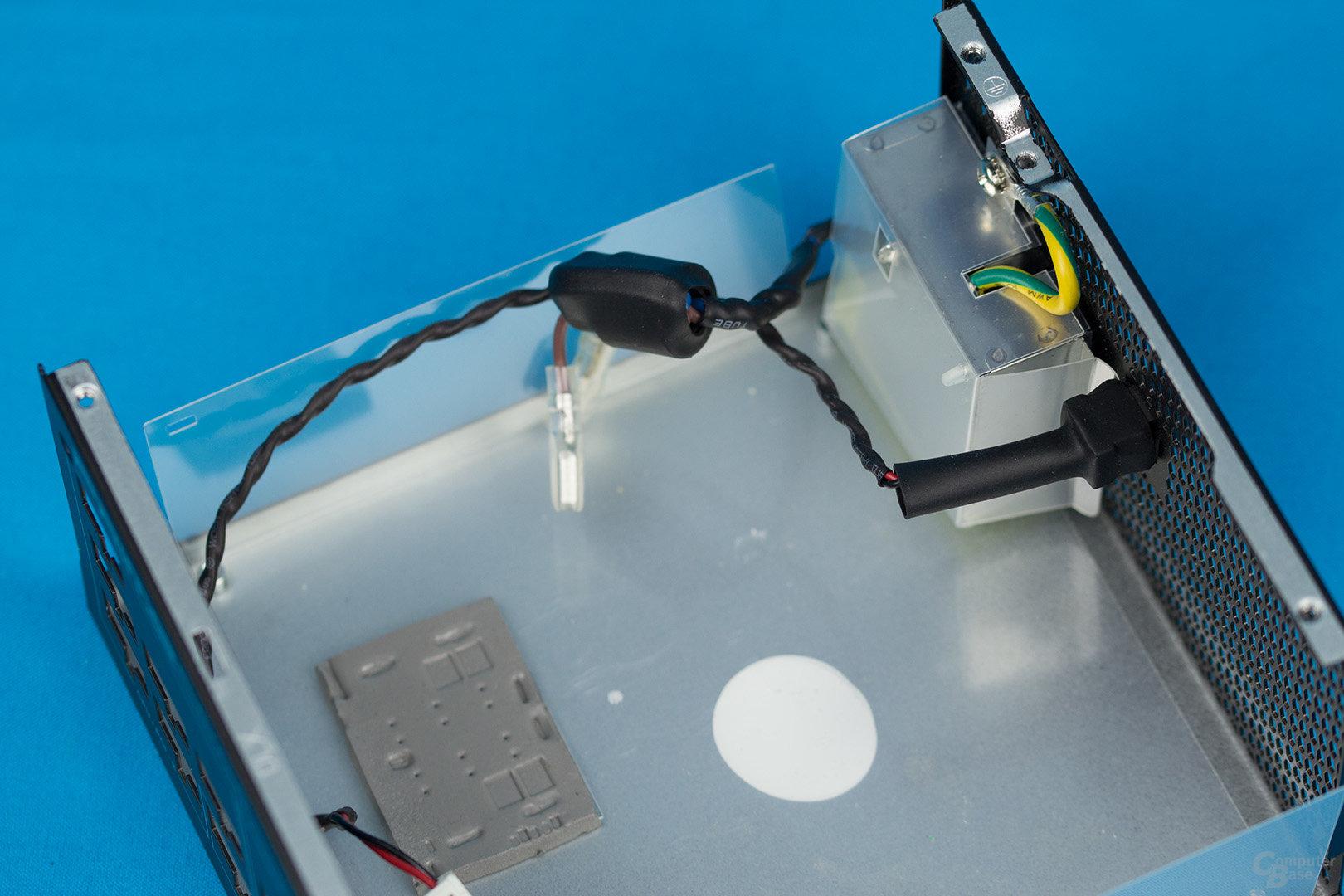 Sea Sonic Prime Platinum 850W – Kaltgerätebuchse