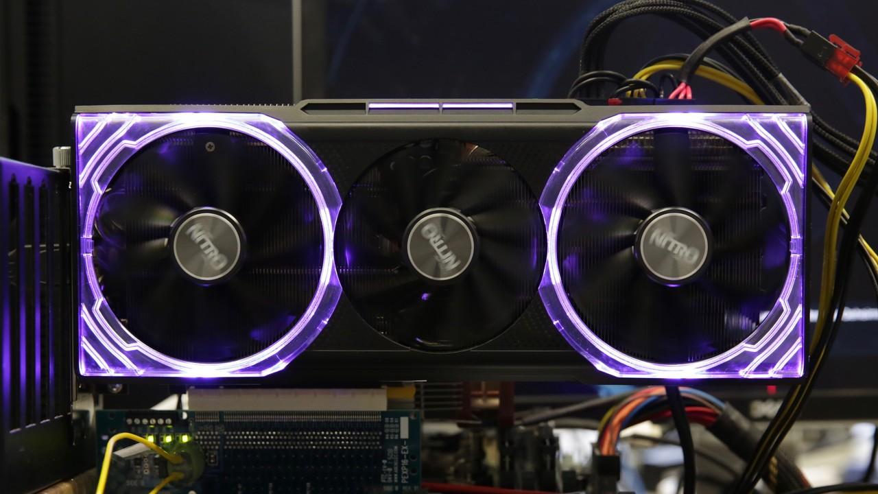 Radeon RX Vega 56 Nitro+ im Test: Sapphires 1,6-kg-Grafikkarte überzeugt auf ganzer Linie