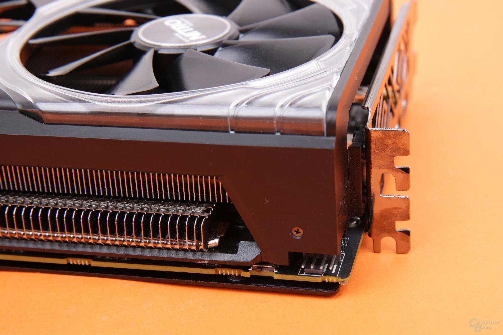 Sapphire Radeon RX Vega 56 Nitro+ – PWM-Anschluss für Lüfter