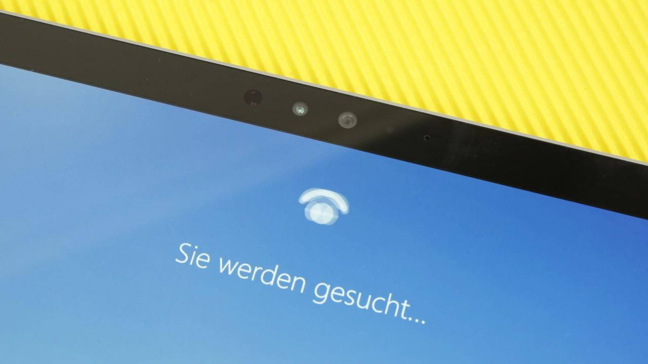 Windows Hello: Gesichts-Ausdruck legt Surface Pro 4 rein