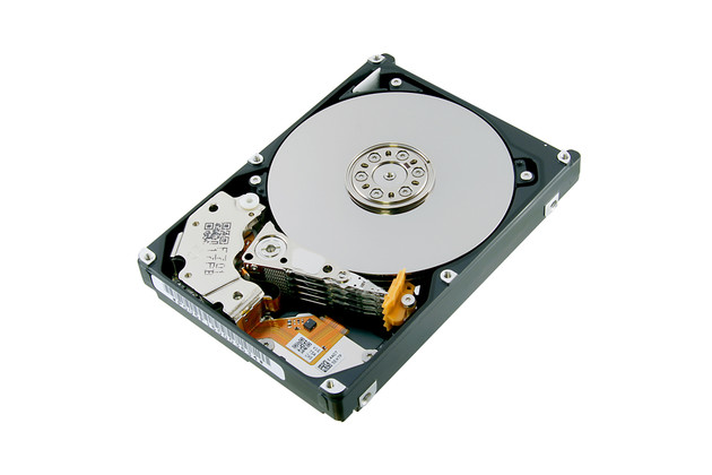 Toshiba AL15SEB mit 10.500 U/min und bis zu 2,4 TB