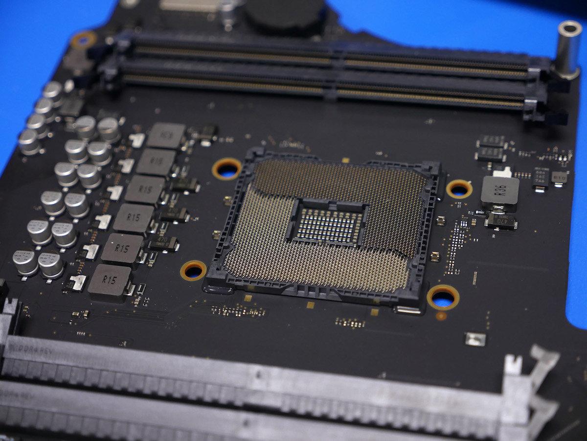 Sockel der CPU im iMac Pro