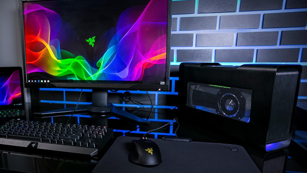 Razer Core V2 im Test: Ultrabook mit eGPU vs. Gaming-Notebook