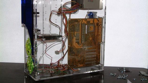 Im Test vor 15 Jahren: Noch ein Gehäuse aus Acrylglas für den Volleinblick