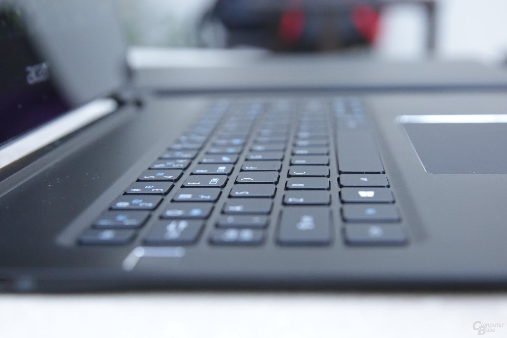 Tastatur mit knapp 2 Millimetern Hub