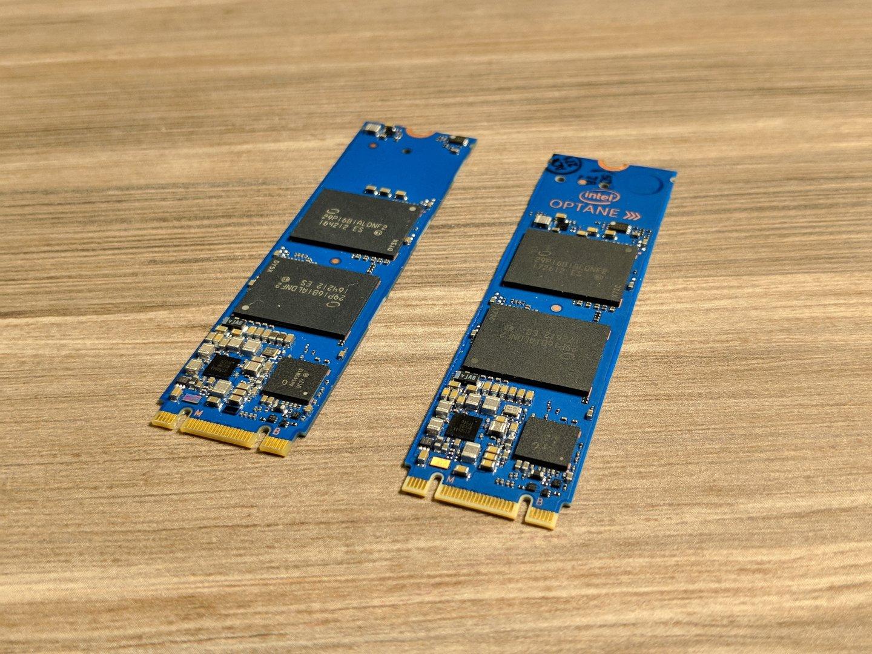 Der Schriftzug Intel Optane macht die Unterscheidung leichter