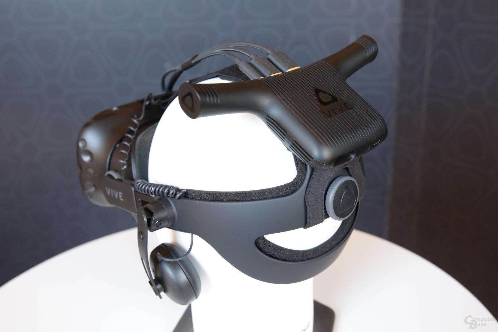 Erste Generation der Vive mit Wireless Adapter