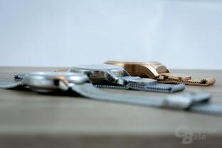 MyKronoz ZeTime (Petite) im Vergleich zu 36 mm Rado Silverstar und Withings Steel HR
