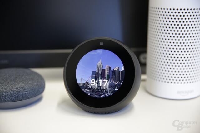 Amazon Echo Spot: Eigenes Hintergrundbild