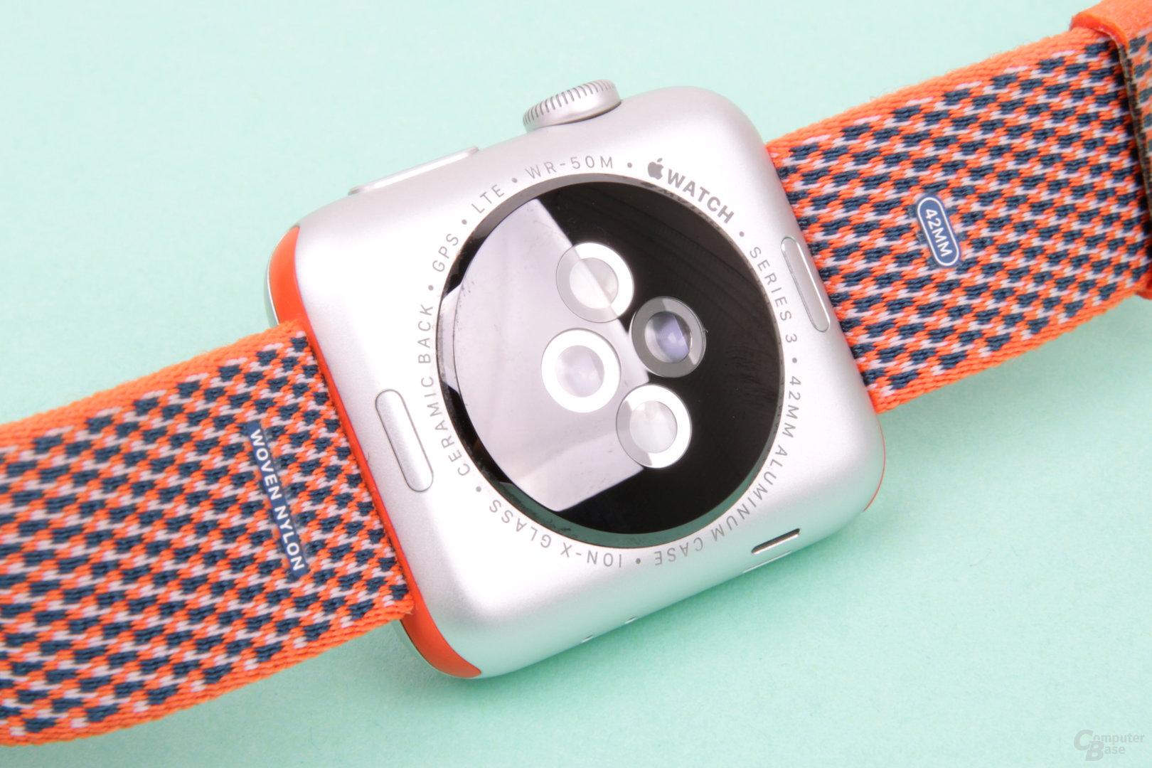 Sensoren für Pulsmessung auf der Rückseite