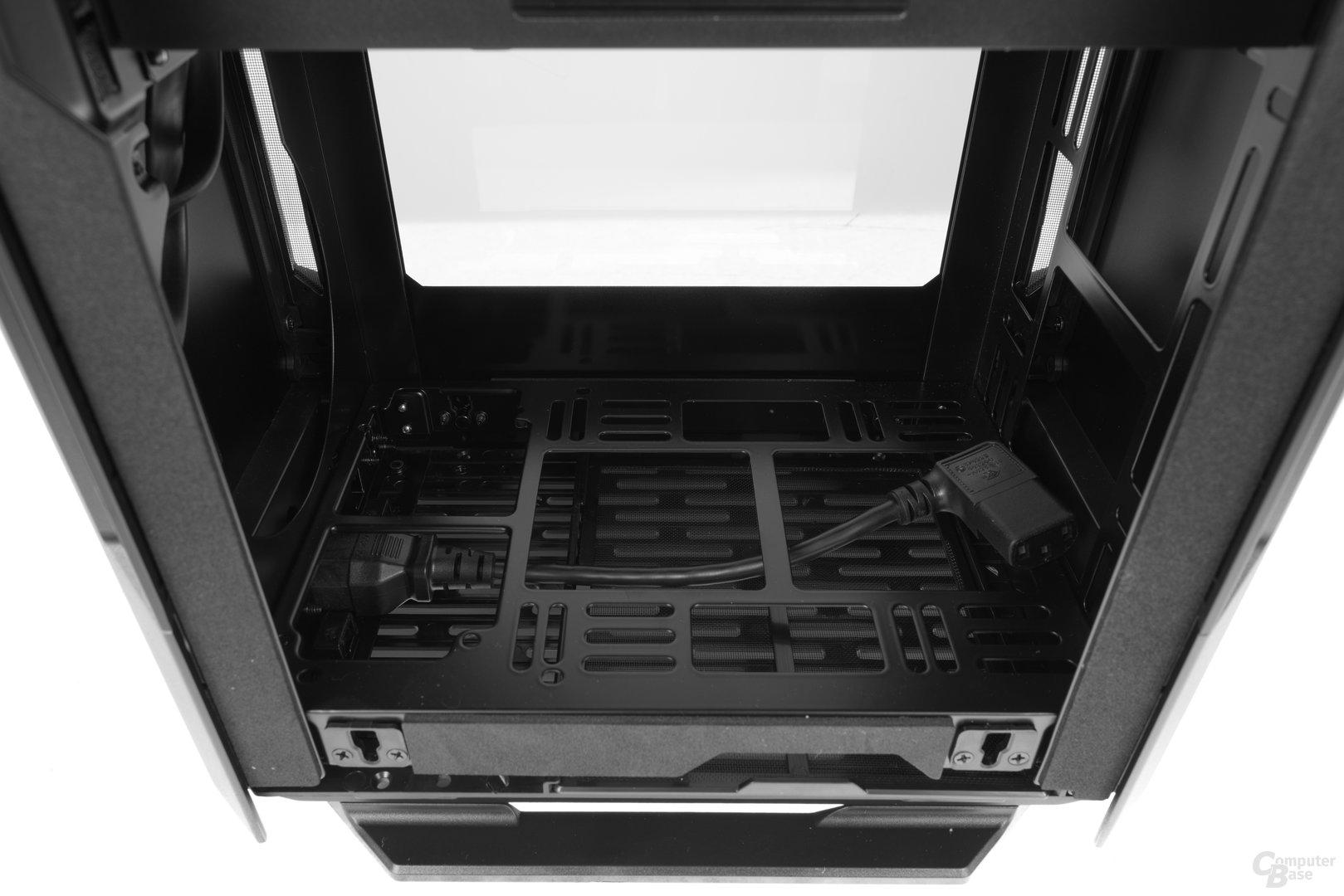 Phanteks Enthoo Evolv Shift – Am Boden können SFX- oder ATX-Netzteile installiert werden