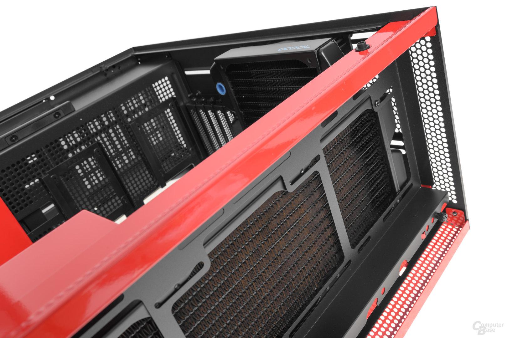 NZXT H700i – Die Lüfter können an der anderen Seite des Brackets installiert werden