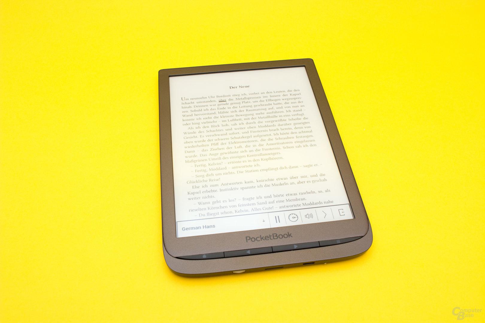 Die Vorlesefunktion des PocketBook InkPad 3 täte ein wenig Gemütlichkeit gut