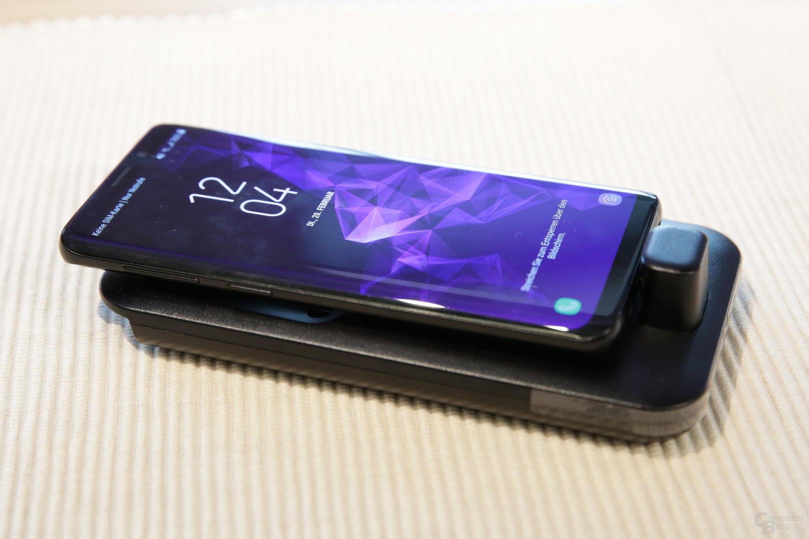 Angedocktes Galaxy S9