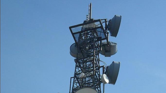 Vodafone und Telefónica: Mobilfunkmaste zusammen mit Glasfaser anbinden