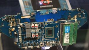 Handheld Smach Z: Ex-SteamBoy-Projekt setzt nun auf Ryzen V1605B