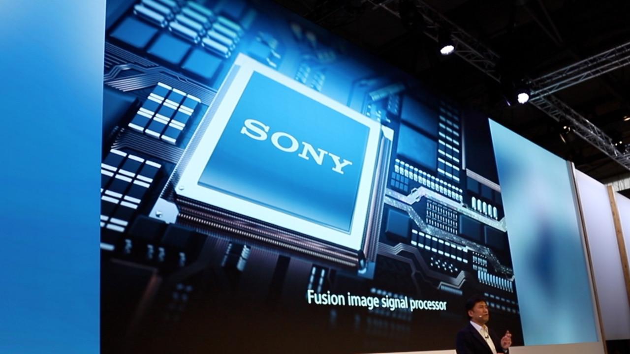 Fusion-ISP: Sonys Dual-Kamera macht Fotos bis ISO51200 möglich