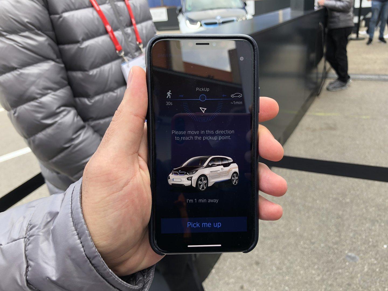 Rufen des Autos per Smartphone-App