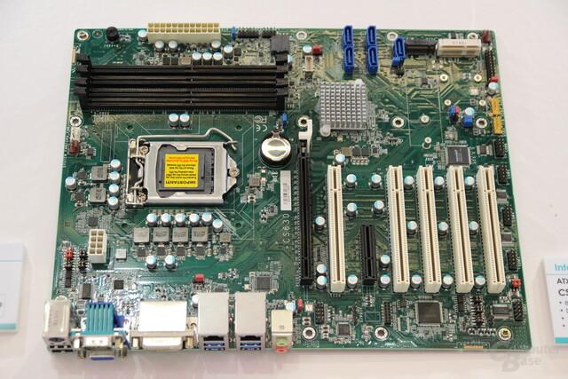 Mainboard mit Q370-Chipsatz von DFI zur Embedded World 2018