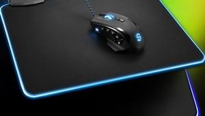 Sharkoon 1337 RGB: Mauspad mit LEDs so teuer wie ohne