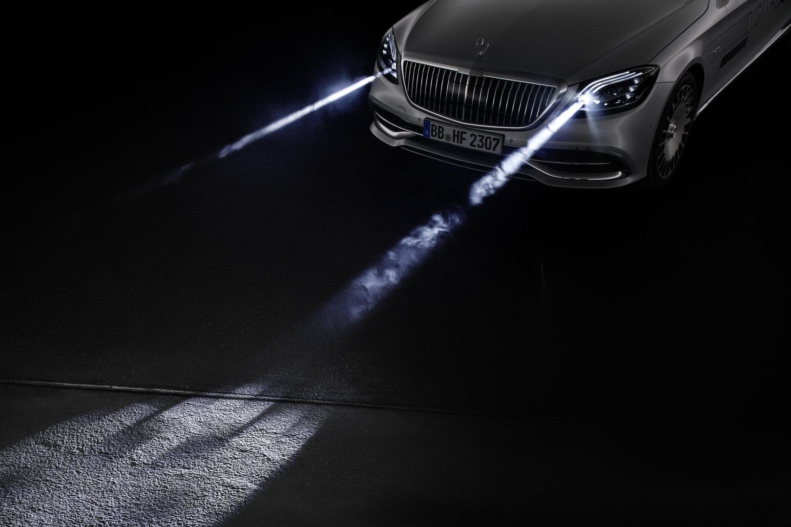 Mercedes-Benz Digital Light