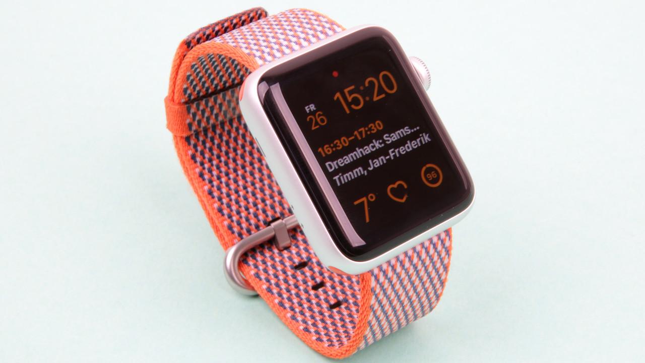 Series 4: Akku und Display der Apple Watch sollen wachsen