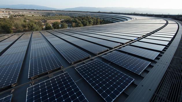 Erneuerbare Energien: Apple und Google nutzen ausschließlich Ökostrom