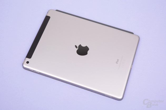 Bekannte Rückseite des neuen iPad (2018) in der LTE-Variante