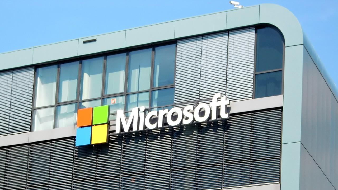 Quartalszahlen: Microsofts Cloud legt 93, Office 40 und Surface 32% zu