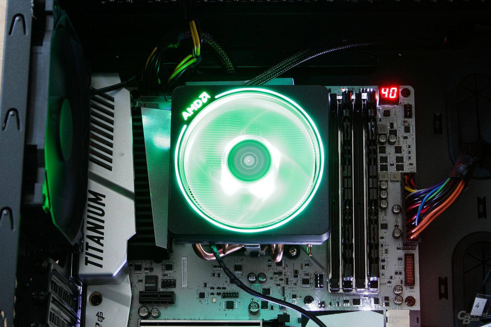 AMD Wraith Prism: Komplett in Grün beleuchtet