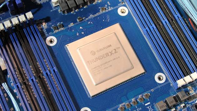 ARM-Server-Prozessor: 40 Modelle des ThunderX2 mit bis zu 32 Kernen verfügbar