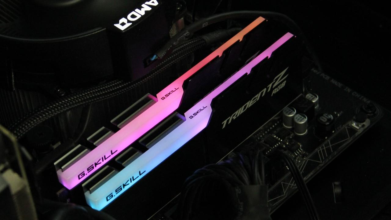 RGB-LED-Speicher im Test: Leuchtender RAM von Ballistix, Corsair & G.Skill im Vergleich