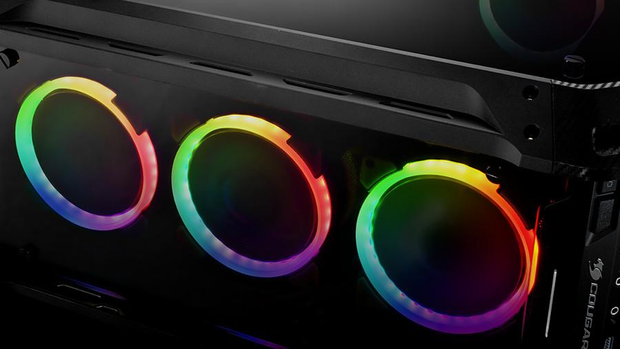 Cougar Panzer Evo: RGB-Version lässt Lüfter bunt leuchten