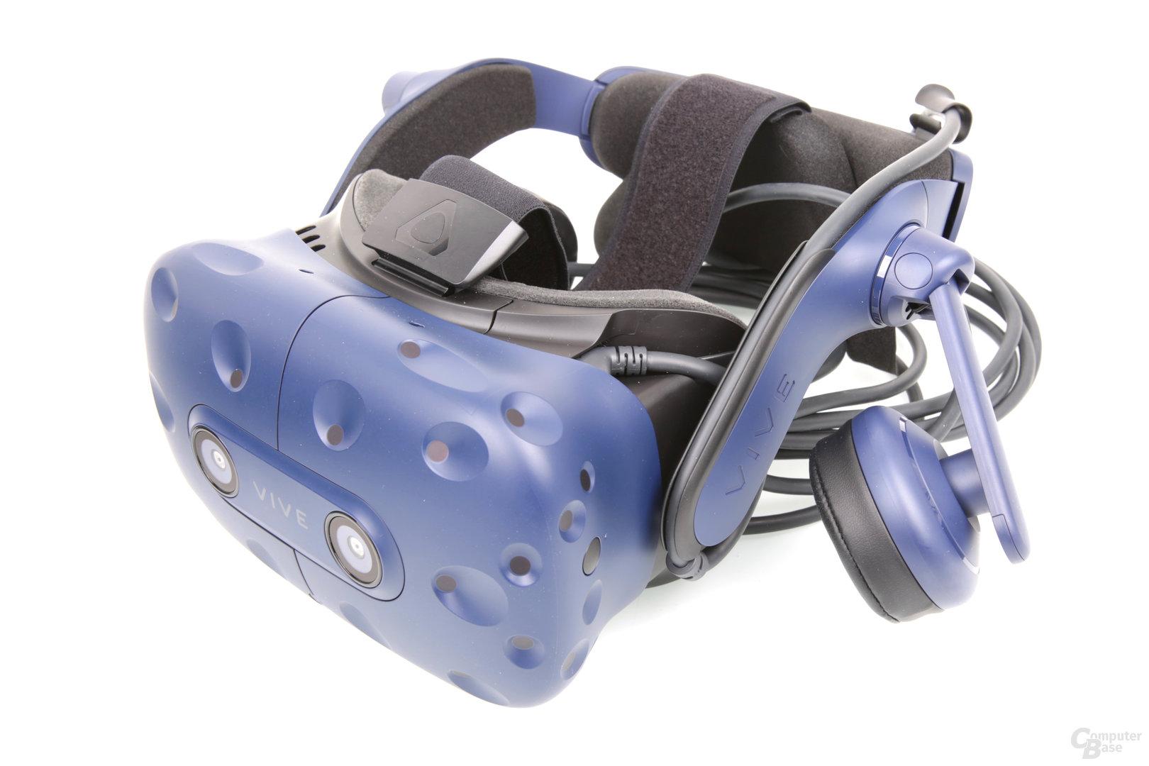Die neue HTC Vive Pro mit integrierten Kopfhörern