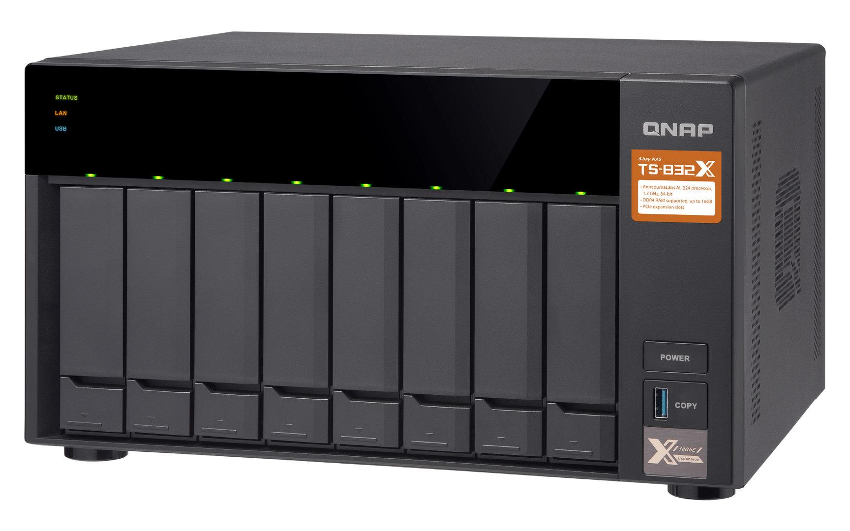 QNAP TS-832X