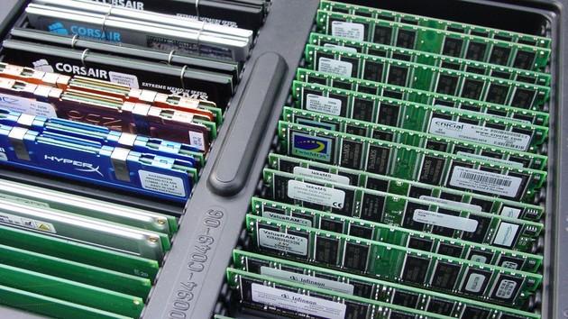 Im Test vor 15 Jahren: DDR400-RAM und zwei kaputte Mainboards