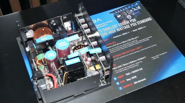 Netzteile: EVGA erhöht Leistungsdichte bei SFX und ATX