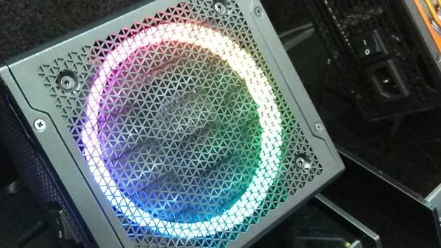 Computex: Bunte, effizientere und SFX-Netzteile auf dem Vormarsch
