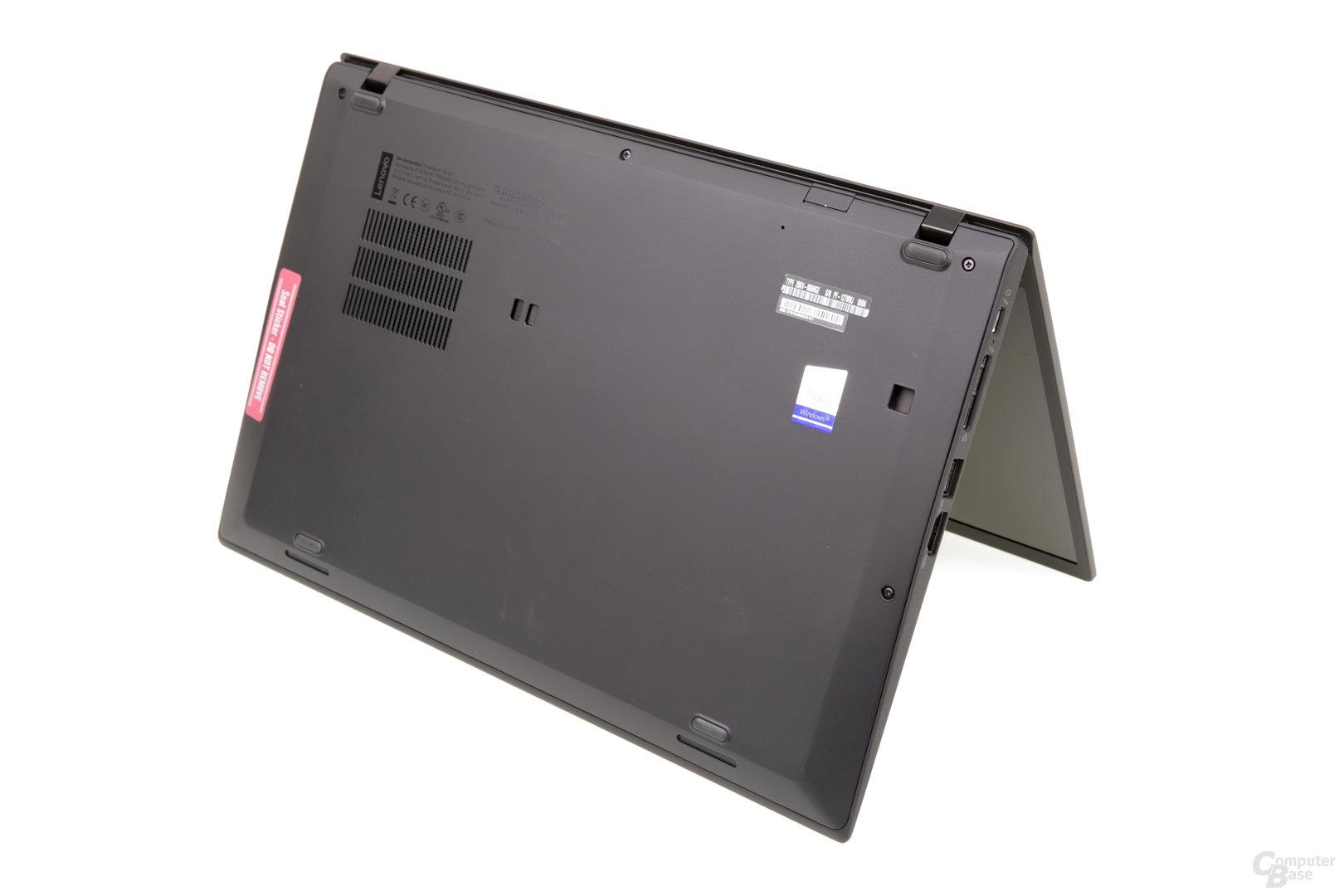 ThinkPad X1 Carbon von hinten betrachtet