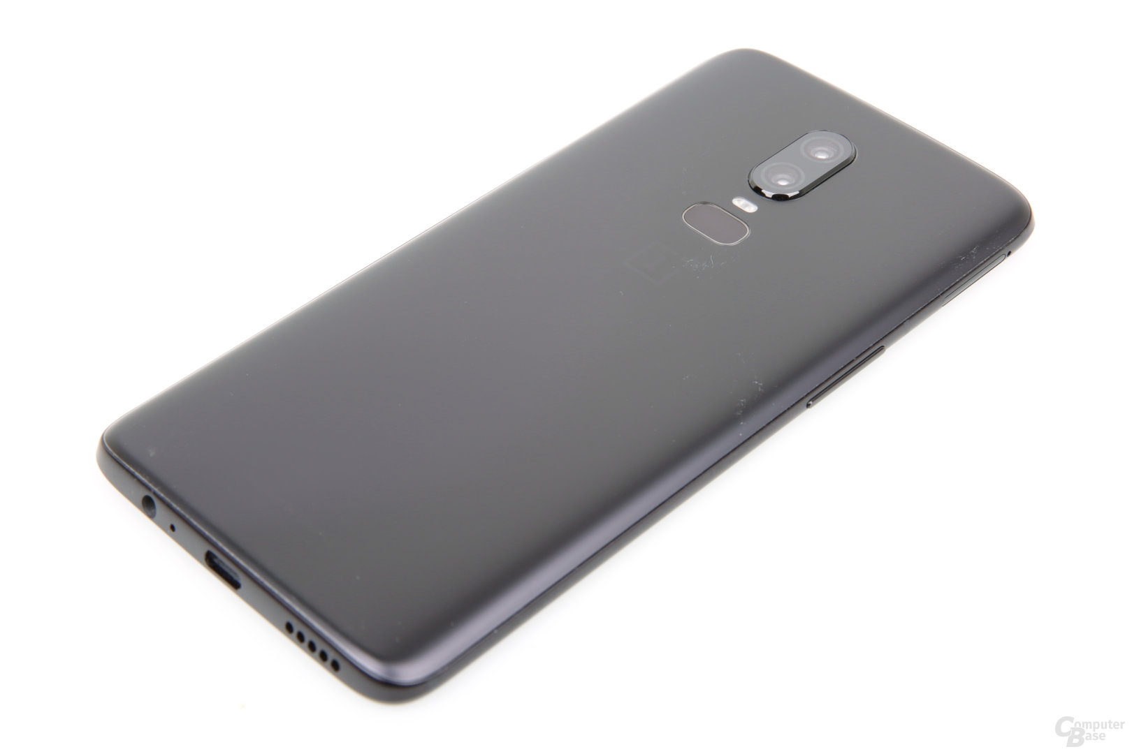 OnePlus 6 in mattem Midnight Black