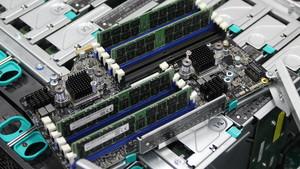 Intel Xeon SP: Mit Cascade Lake-SP zu 30 TByte RAM im 2U-System