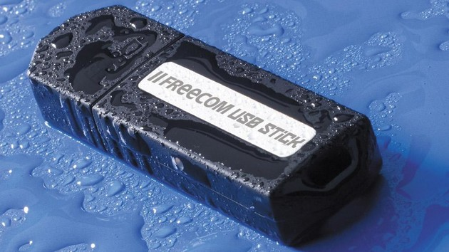 Im Test vor 15 Jahren: Schnelle USB-Sticks mit 5 MB/s und 512 MB