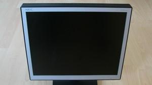 Im Test vor 15 Jahren: Der TFT-Monitor auf dem Vormarsch